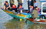 Vụ chồng lao ô tô xuống sông ở Quảng Nam: Vớt được thi thể 3 nạn nhân