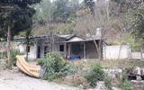 Vụ nữ sinh bị sát hại ở Điện Biên: Bí ẩn căn nhà hoang gần nơi phát hiện chiếc quần nạn nhân