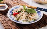 Món ngon mỗi ngày: Tận dụng gà dư ngày Tết đem trộn gỏi lạ mà ngon
