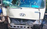 Tin tức - 27 hành khách thoát nạn vụ xe khách mất phanh đâm Innova ở Vĩnh Long