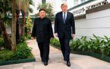 """Tổng thống Mỹ Donald Trump tiết lộ khoảnh khắc """"chia tay"""" ông Kim trong phòng họp kín"""