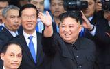 Chủ tịch Triều Tiên Kim Jong-un vẫy tay chào tạm biệt, lên tàu rời Việt Nam về nước