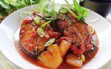 Món ngon mỗi ngày: Cá ngừ kho dứa cho bữa tối thứ 6 ấm cúng