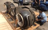 """""""Siêu quái"""" Tron Light Cycle đầu tiên tại Việt Nam có giá 2,7 tỷ đồng"""