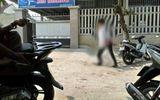 An ninh - Hình sự - Vụ con gái chủ nhà nghỉ bị kẻ lạ mặt đâm nguy kịch: Đã bắt được nghi phạm