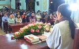 Mẹ nữ sinh giao gà ở Điện Biên nói gì trước mong muốn được gặp gia đình để xin lỗi của bà Yến?