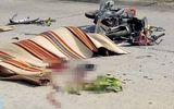 Đi đưa thiệp cưới cho em trai, nam thanh niên tông vào xe công nông tử vong tại chỗ