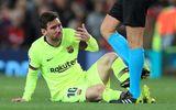 Cận cảnh gương mặt bầm dập của Messi sau pha va chạm với hậu vệ MU
