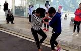 Vụ nữ sinh bị bạn đánh hội đồng, lột quần áo ở Hưng Yên: Xem xét cách chức Ban giám hiệu
