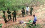 Con trai bàng hoàng phát hiện thi thể cha nằm ven đường sau khi đi họp