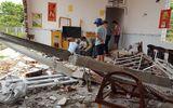 Tin trong nước - Đắk Lắk: Xe container mất lái tông sập nhà dân, 6 người đang ngủ may mắn thoát nạn