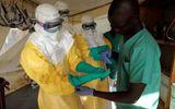 Tin tức bệnh Ebola mới nhất: Số người mắc bệnh gần chạm mốc 2000