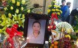Đám tang đẫm nước mắt của chị Huyền tại bệnh viện Thanh Nhàn