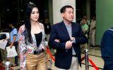Bố mẹ chồng Hà Tăng tình tứ đi xem liveshow của Đàm Vĩnh Hưng