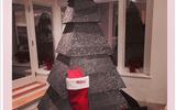 Cây thông Noel có một không hai của Rihanna