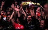 """Fans Huế cuồng nhiệt với """"bão"""" Rock Storm"""