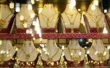 Giá vàng ngày 4/12: Chốt phiên cuối ngày, vàng lại giảm