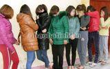 """""""Đột kích"""" cơ sở masage, bắt 13 người liên quan tới mại dâm"""