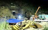Sau gần 12 giờ sập hầm thủy điện, 12 công nhân đều khỏe mạnh