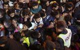 Vụ giẫm đạp lên nhau tại Thượng Hải là do tranh giành tiền giả?