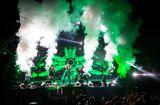 Truyền thông - Thương hiệu - Tuấn Hưng, Tóc Tiên 'phiêu' hết mình trên sân khấu Heineken Green Room
