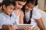 Sức khoẻ - Làm đẹp - Hội Nhi khoa Mỹ hướng dẫn cách trẻ tiếp xúc với thế giới ảo