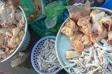 """Thị trường - """"Choáng váng"""" vì thịt gà Brazil siêu rẻ chỉ gần 7.000 đồng/kg"""