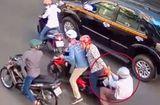 An ninh - Hình sự - Khởi tố vụ cướp giật trên phố Sài Gòn khiến hai mẹ con thương vong