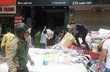 """Tin trong nước - """"Bà hỏa"""" ghé thăm cửa hàng chăn ga ở Hà Nội, người dân hoảng loạn sơ tán đồ đạc"""