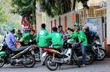 Chuyện học đường - Báo Mỹ nói gì về việc sinh viên Việt Nam tốt nghiệp đại học đi chạy xe ôm kiếm mỗi tháng 5 triệu?