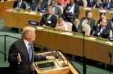 """Tin thế giới - Biểu cảm của những người có mặt khi ông Trump phát biểu """"hủy diệt"""" Triều Tiên"""