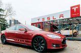 Tin tức - Tesla Motors sa thải hàng trăm nhân viên vì không đạt doanh số sản xuất