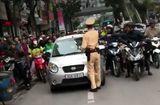 """Tin trong nước - Vụ nữ tài xế """"ủi"""" CSGT: Phạt ít nhất 5 triệu đồng"""
