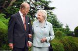Gia đình - Tình yêu - Nữ hoàng Anh và cuộc hôn nhân 7 thập kỷ ai cũng mơ ước