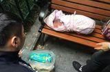 Tin tức - Xót xa đứa trẻ sinh non, mắc bệnh nặng bị cha ruột vứt bên đường vì... lại là con gái
