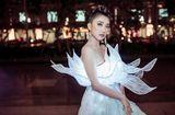 Tin tức - Tiêu Châu Như Quỳnh diện váy phát sáng dự sự kiện