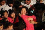 Gia đình - Tình yêu - Cảm phục người phụ nữ bị ung thư vú vẫn chăm sóc 109 trẻ mồ côi