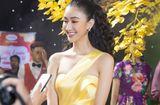 Tin tức - Hà Thu thắng giải mặc đẹp, hát cực hay trong Gala mừng xuân