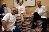 Tin thế giới - Choáng váng vì nhận được 15.000 quả trứng thay vì 1.500 quả do dùng google translate
