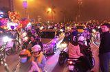Tin tức - Hàng ngàn người Quảng Bình tiếc nuối vì sương mù cản trở pháo hoa
