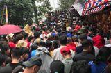 """Tin tức - Video: Chùa Hương """"thất thủ"""" ngày mùng 5 Tết"""