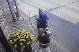 Tin tức - Video: Cướp liều lĩnh giật túi xách của người đàn ông