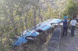 Tin tức - Xe khách 52 chỗ chở người đi lễ chùa gặp nạn, lao xuống vực