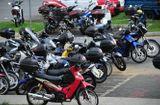 Tin tức - Vứt xe máy cũ để bảo vệ sức khỏe, dân Singapore được trả 2.600 USD