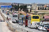 Tin tức - Syria: Hàng trăm tay súng phiến quân giao nộp vũ khí theo thỏa thuận