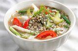 Tin tức - Món ngon bữa tối: Canh hến thì là chua dịu