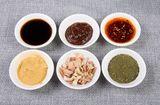 Thực phẩm - Phân biệt gia vị hết hạn và cách bảo quản giúp có lợi sức khỏe