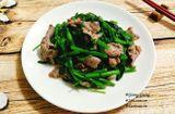 Tin tức - Cách làm thịt bò xào rau muống xanh giòn, thơm ngon