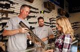 Tin thế giới - Người dân Mỹ sở hữu hơn 390 triệu khẩu súng, chiếm 40% tổng số toàn cầu