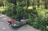 Tin tức - Tin tai nạn giao thông mới nhất ngày 23/6/2018: Xe tay ga tông cột đèn, nam thanh niên tử nạn tại chỗ